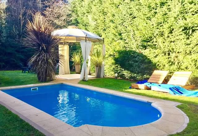 Cabañas co piscina al aire libre